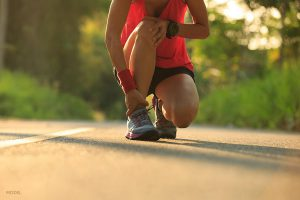 5 Stress Fracture Signs to Watch for